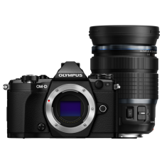 Olympus E-M5II váz+12-100 IS PRO objektív KIT fekete