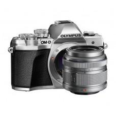 Olympus E-M10III váz + 1442IIR ezüst/ezüst